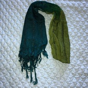 Two-toned Scarf